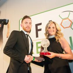 Leanne Sheill presents Danny Furlong with the first division player of the year award